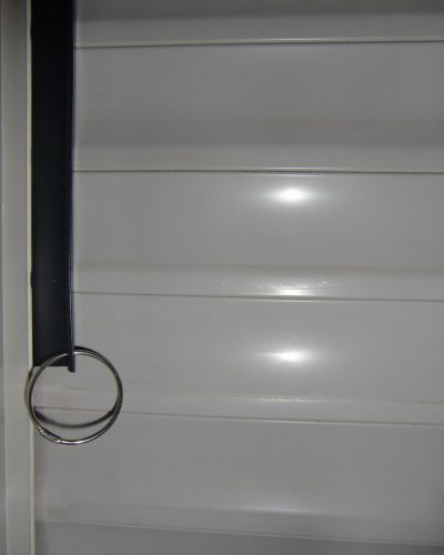 Roller-shutter-rattle-protection